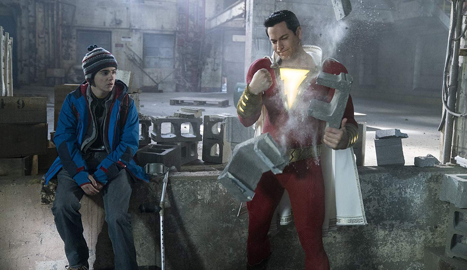 Shazam! repete à frente do box office mundial