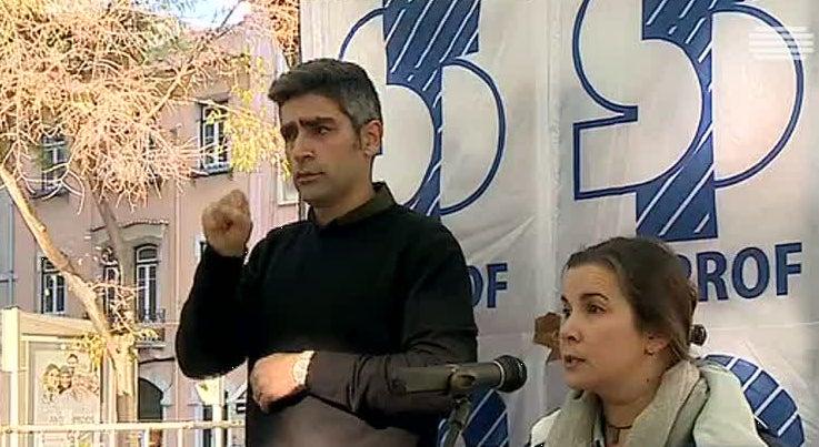 País - Professores de língua gestual querem ser reconhecidos como docentes