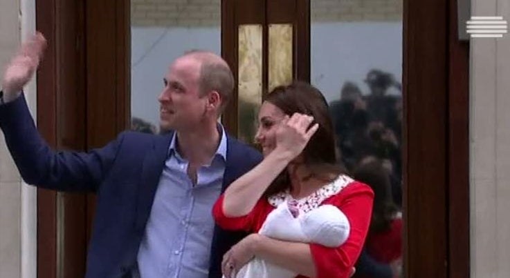 William e Kate apresentaram o novo bebé real