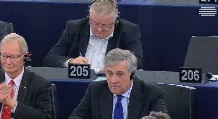 Mundo - Ex-Comissário Antonio Tajani foi o mais votado na primeira volta para a Presidência do Parlamento Europeu