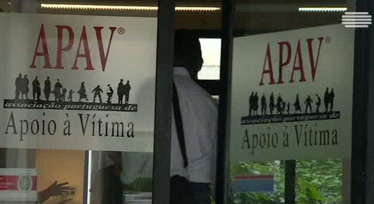 País - APAV revela que há um pai ou uma mãe que é agredido por dia pelo filho