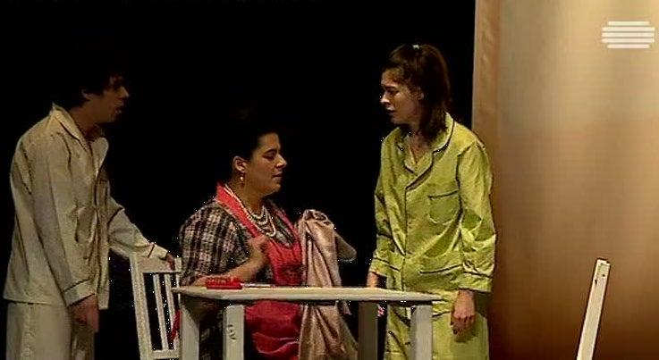 Cultura - Vanessa vai à luta encontra-se em cena no Teatro da Trindade