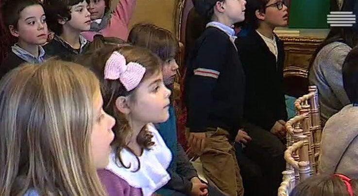 Cultura - Alunos do ensino básico e escritores encontraram-se no Palácio de Belém