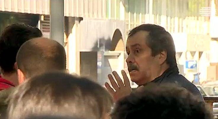 País - Professores de língua gestual protestam contra contratações