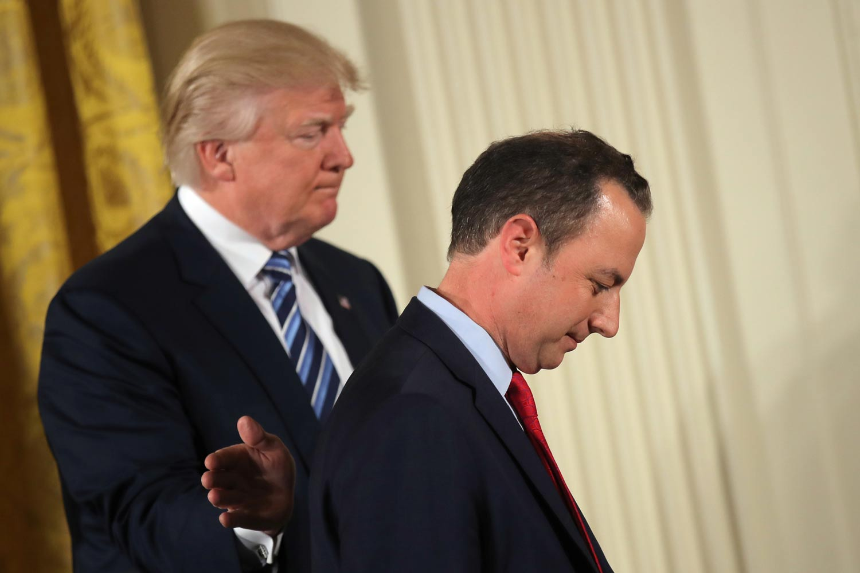 Novo chefe de gabinete de Donald Trump toma posse
