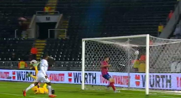 Portugal ganhou � S�rvia por 2-1