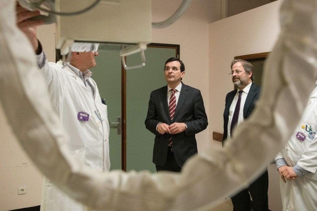 Bastonário quer fim do tratamento dos médicos por