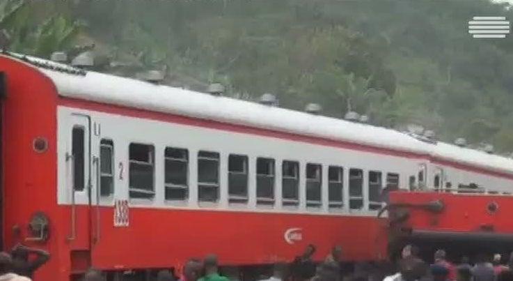 Mundo - Descarrilamento de comboios faz 55 mortos nos Camar�es