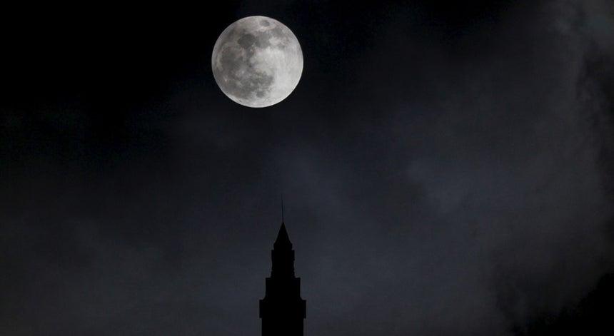 Adeus Super Lua, até para o ano