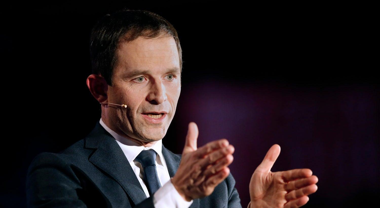 Benoît Hamon e Manuel Valls na frente da primeira volta das Primárias socialistas
