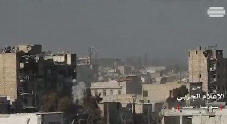 Mundo - Regime de Damasco está perto do controlo total da cidade síria