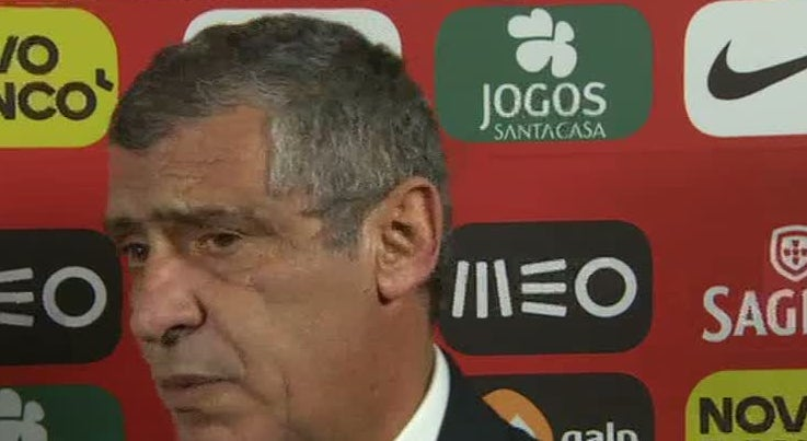 Fernando Santos destaca m�rito dos jogadores na qualifica��o