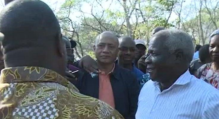 Afonso Dhlakama est� cercado em casa na cidade da Beira