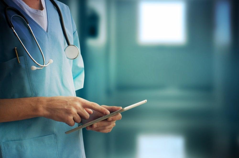 Enfermeiros suspendem greves previstas para outubro