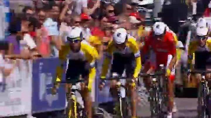 Equipa holandesa Rijke Shanks venceu pr�logo da Volta a Portugal em Bicicleta