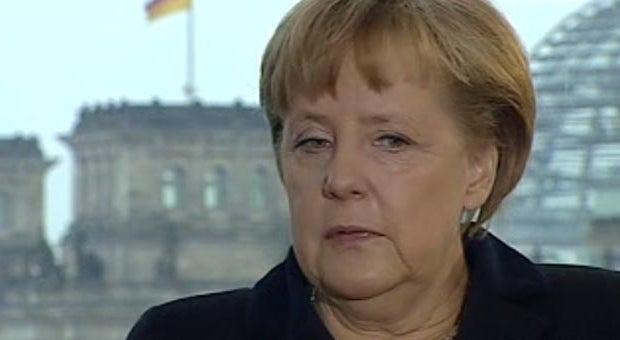 Merkel não vê razões para Portugal renegociar com a troika