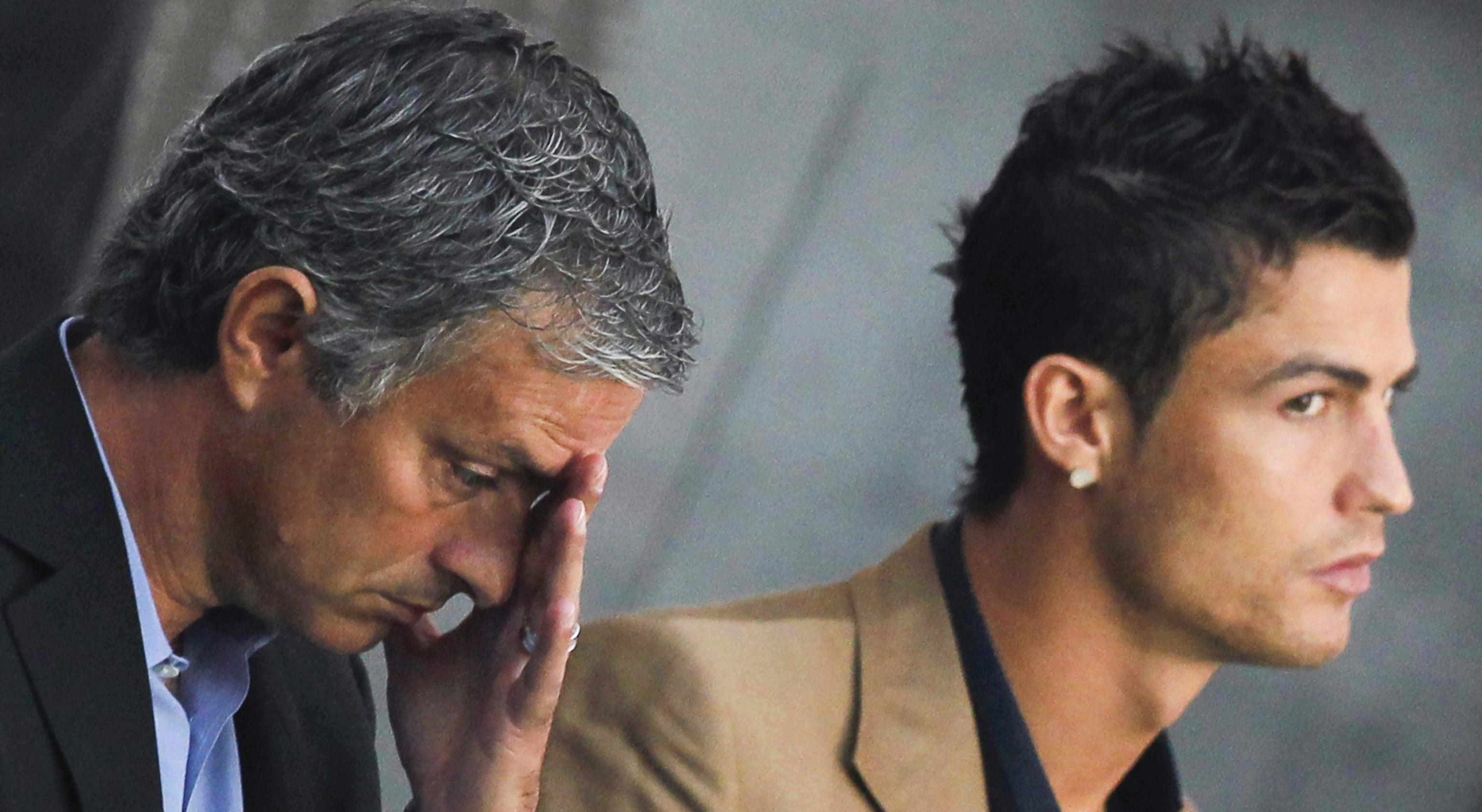 Ronaldo e Mourinho cumprem obrigações fiscais