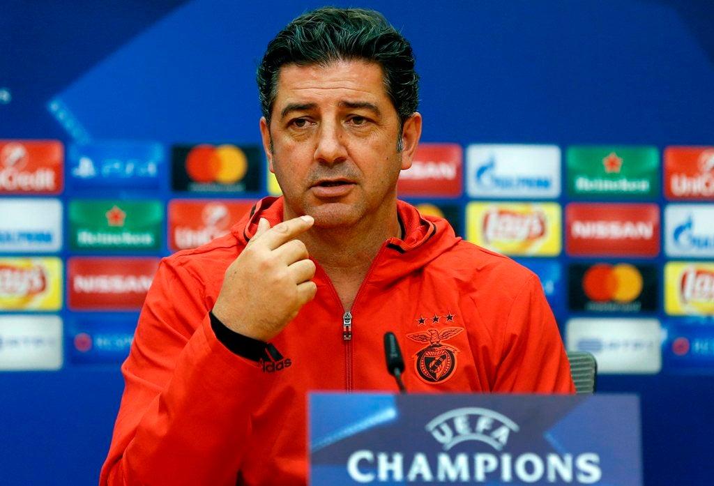 Douglas estreia-se nos convocados para a deslocação aos Barreiros — Benfica