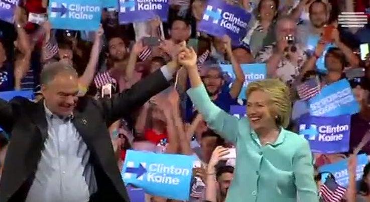 Mundo - Envelope com p� branco encontrado em sede de campanha de Hillary