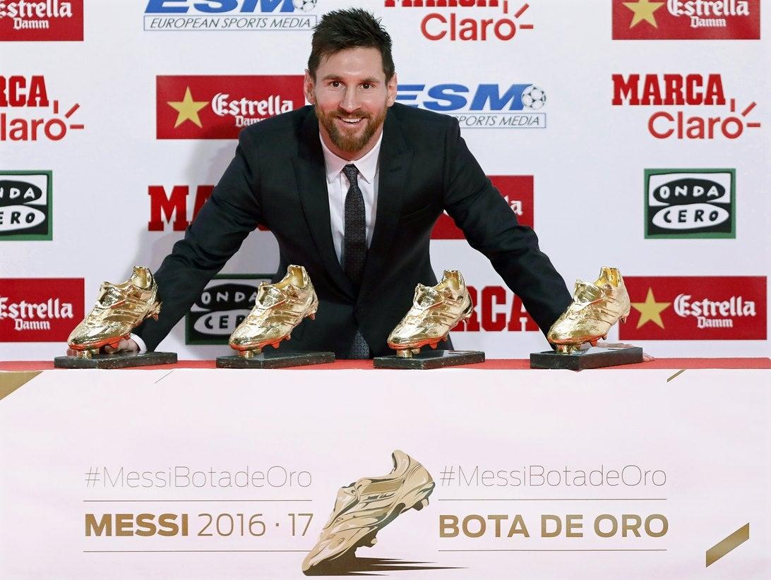 Messi recebe a quarta Chuteira de Ouro