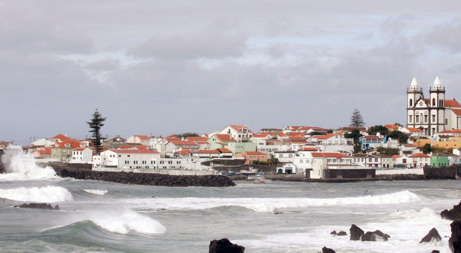 Vento atingiu 150 quilómetros por hora nos Açores