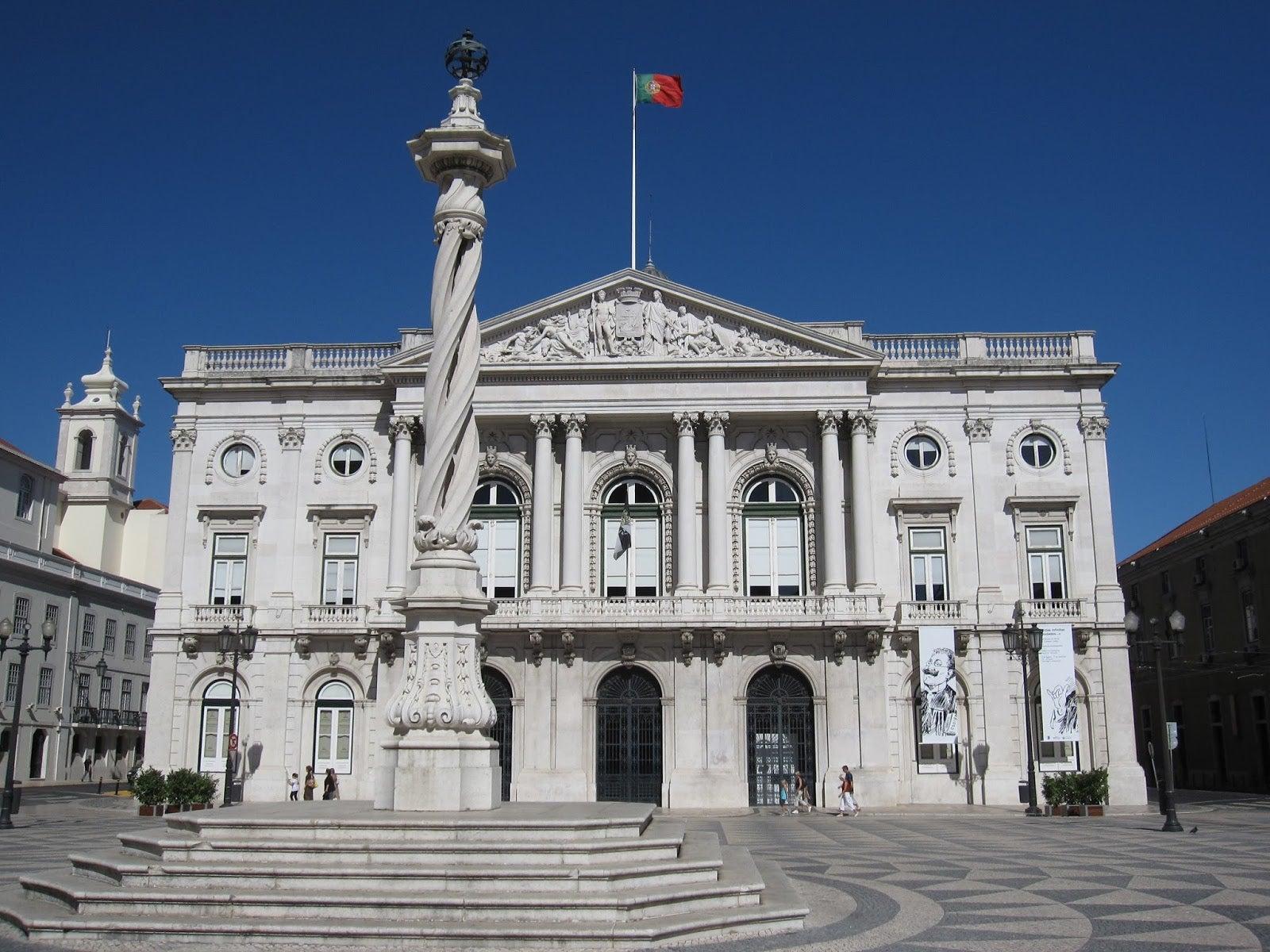 Governo e PSD assinam acordo sobre descentralização