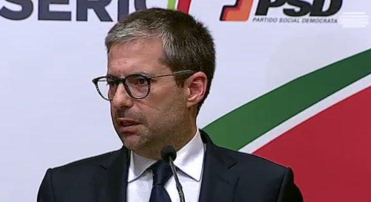 Política - PSD acusa Governo de atacar políticas do anterior Governo que afinal se mostraram eficazes