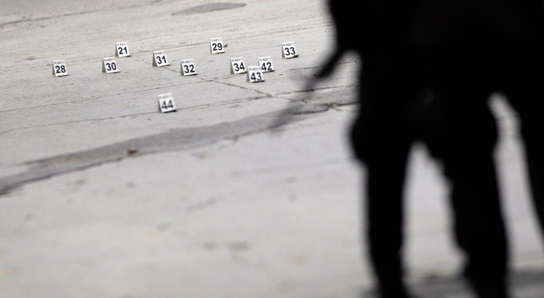 Aluno de 15 anos dispara contra professora e colegas
