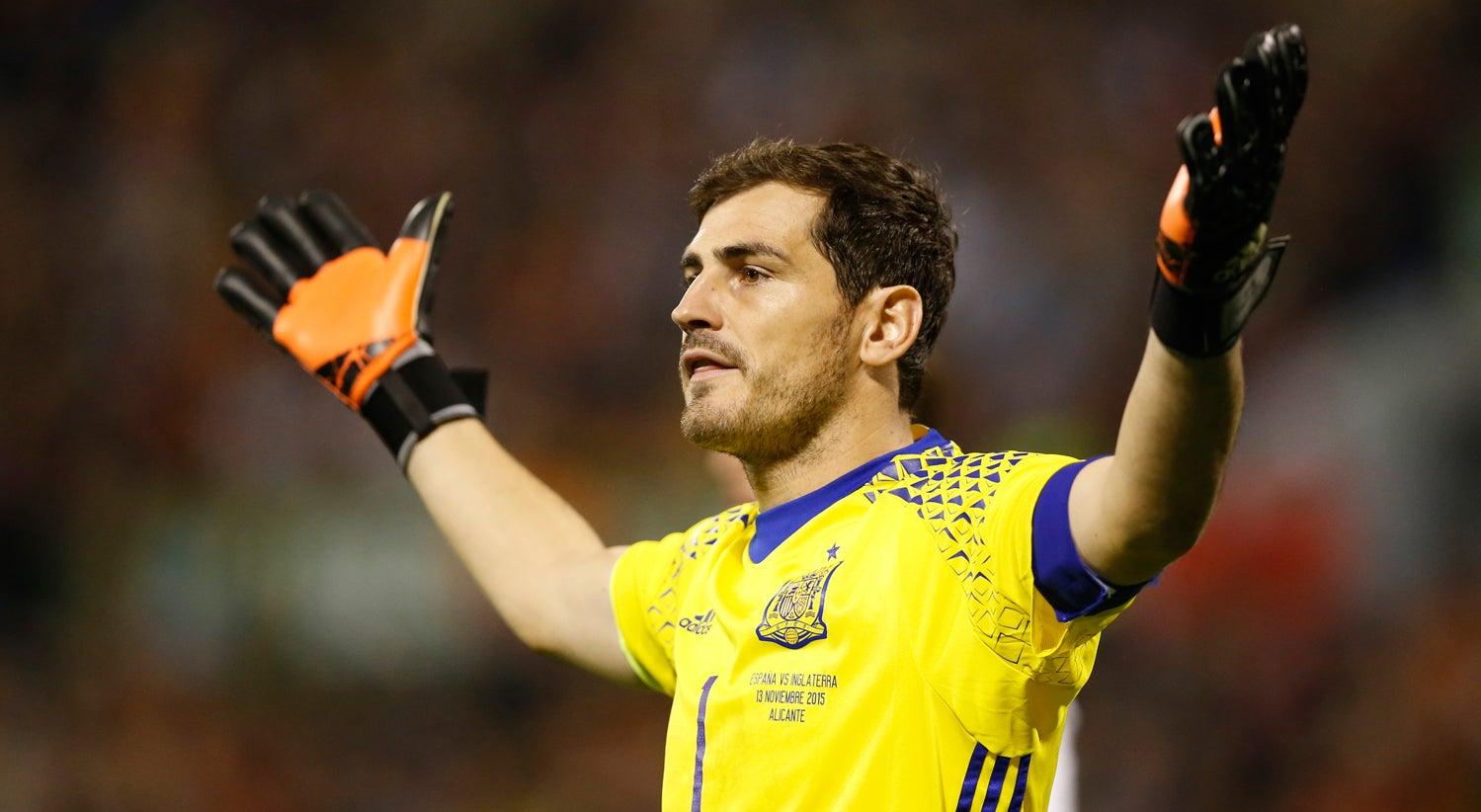 Casillas assegura que n�o se retirou da sele��o espanhola