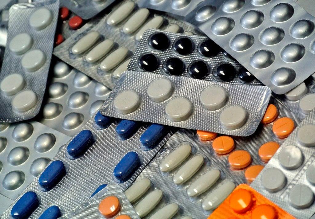 Seis mil medicamentos contrafeitos apreendidos em Portugal