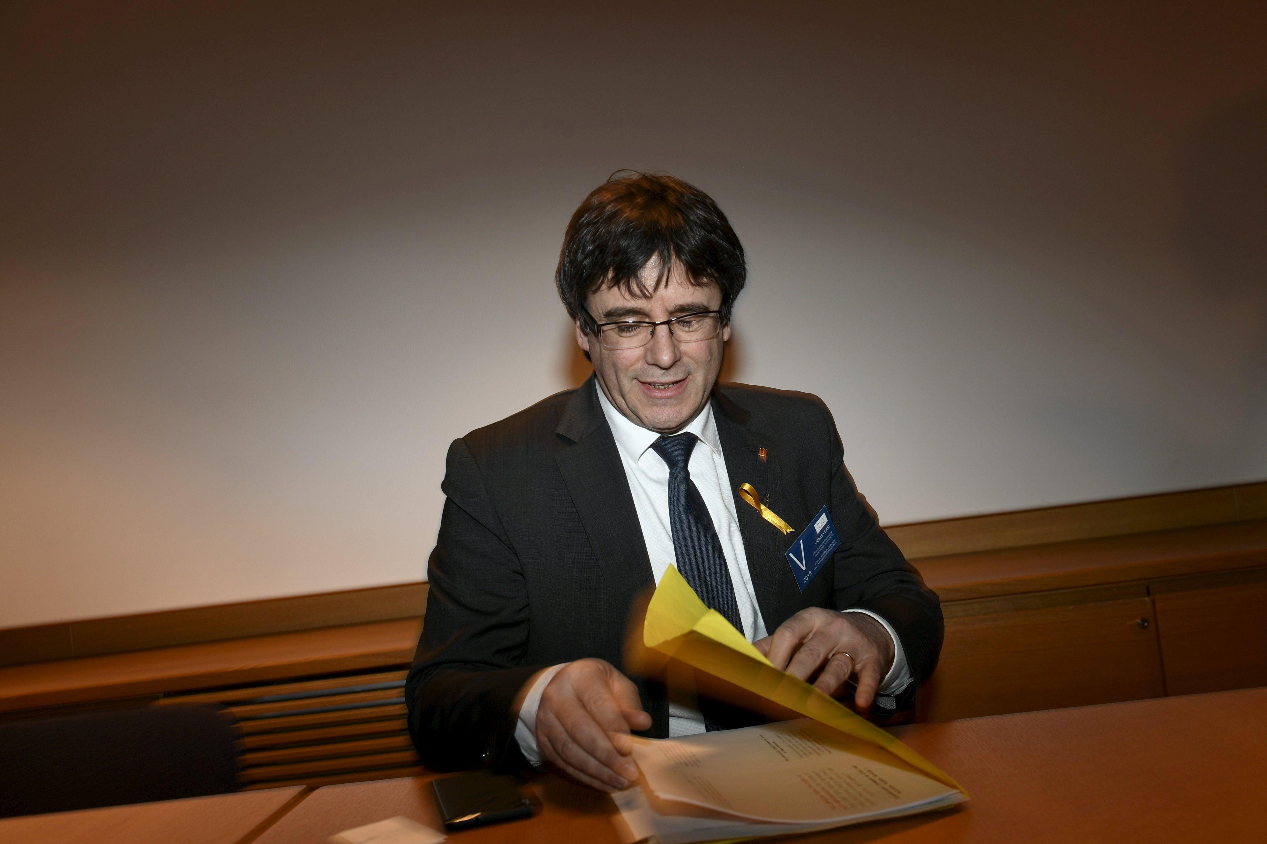 Catalunha. Justiça alemã deixa Puigdemont em liberdade e descarta crime de rebelião