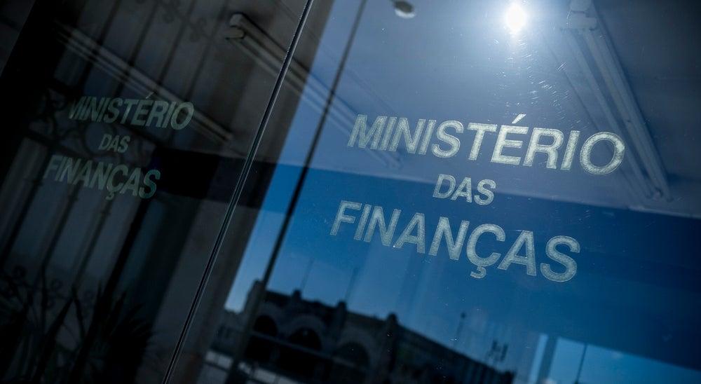 Economia - D�fice melhorou nos primeiros nove meses de 2016