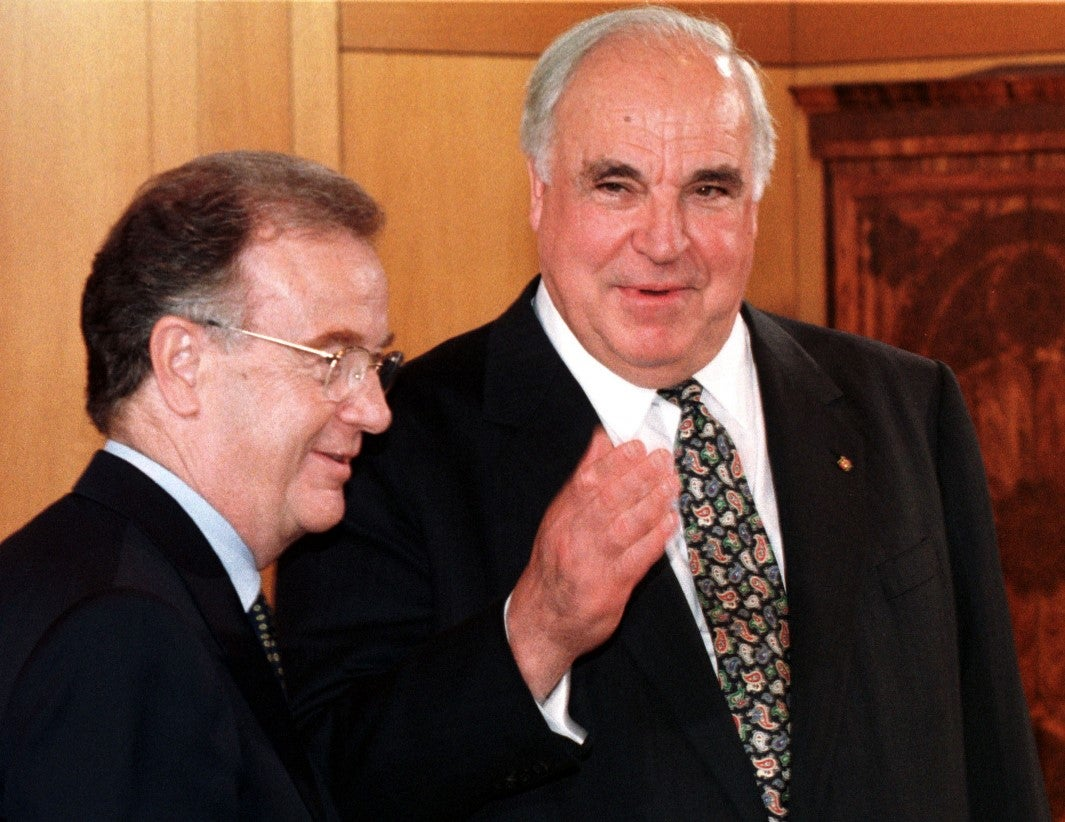 Morre aos 87 anos o ex-chanceler alemão Helmut Kohl