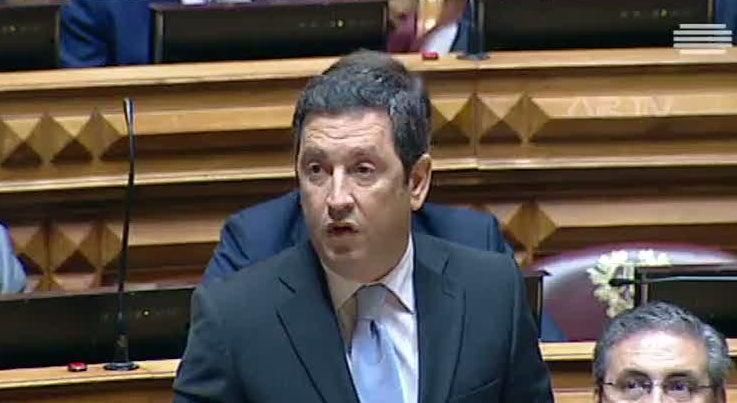 Pol�tica - PSD acusa CDS, PS e BE de oportunismo na lei eleitoral aut�rquica