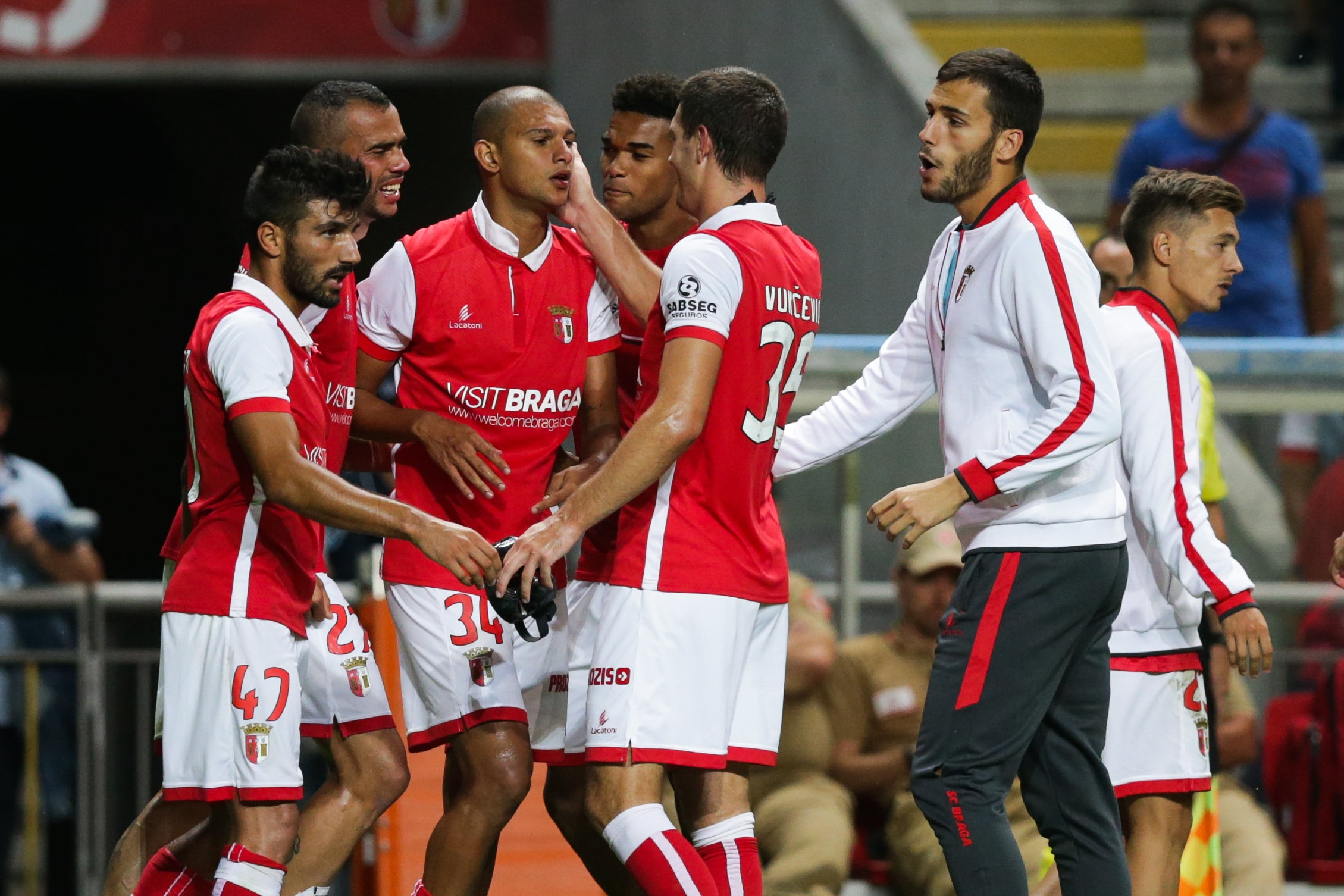 Vitória de Guimarães perde em Marselha e complica apuramento na Liga Europa