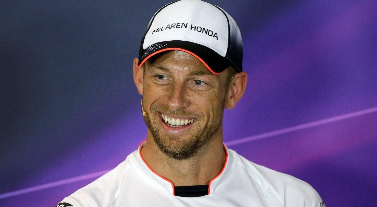 Jenson Button passa a piloto de reserva da McLaren em 2017