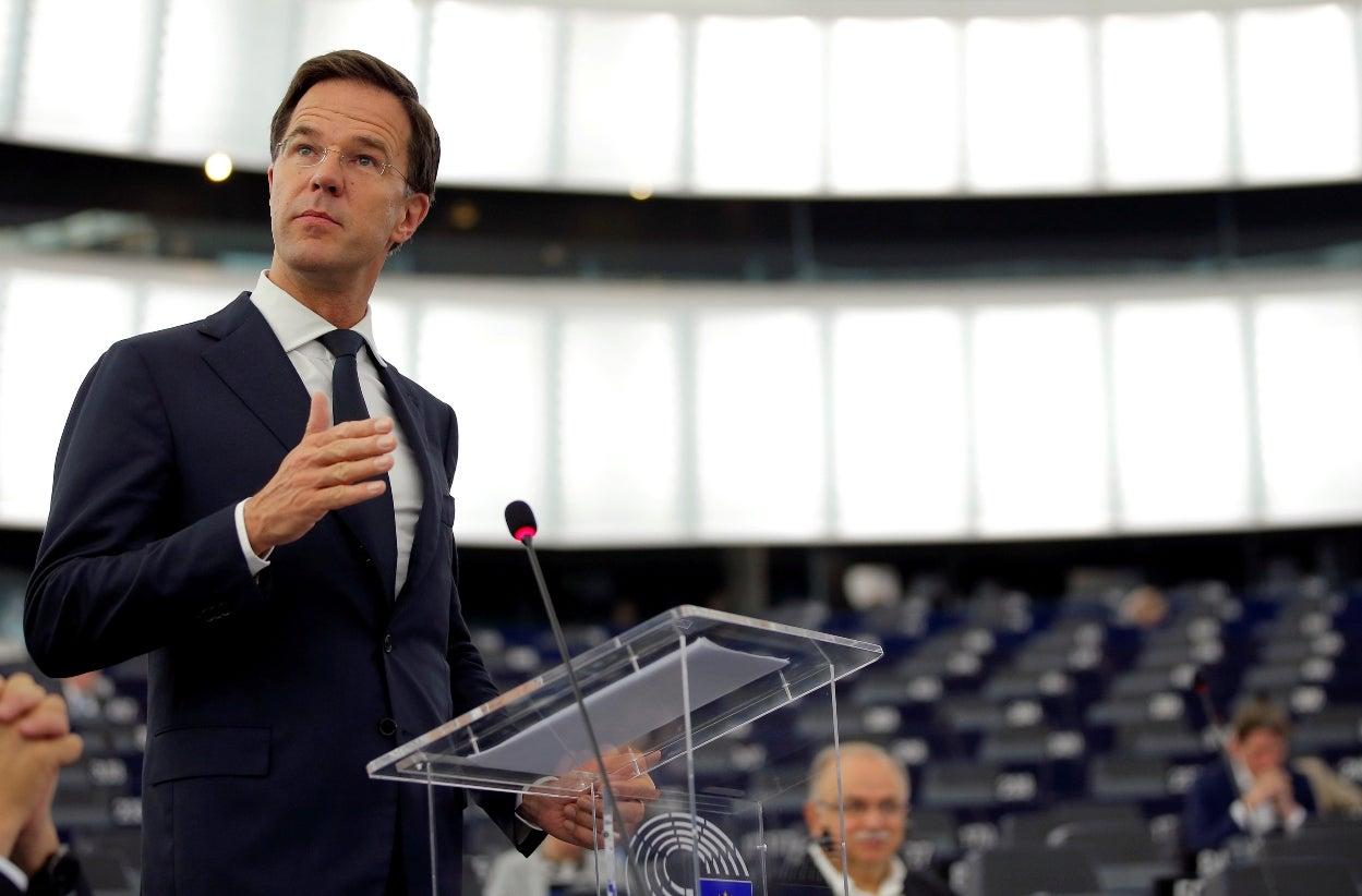 Campanha para referendo na Turquia provoca conflito diplomático com Holanda