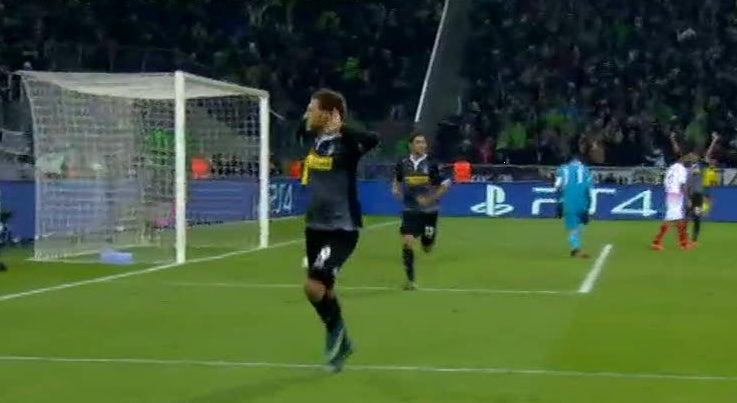 Liga dos Campe�es - Borussia Monchengladbach goleia Sevilha