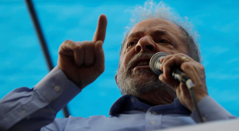 3 a 0: maioria em tribunal condena Lula em segunda instância