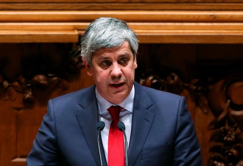 PS demarca-se da resolução do Bloco para demissão de Carlos Costa