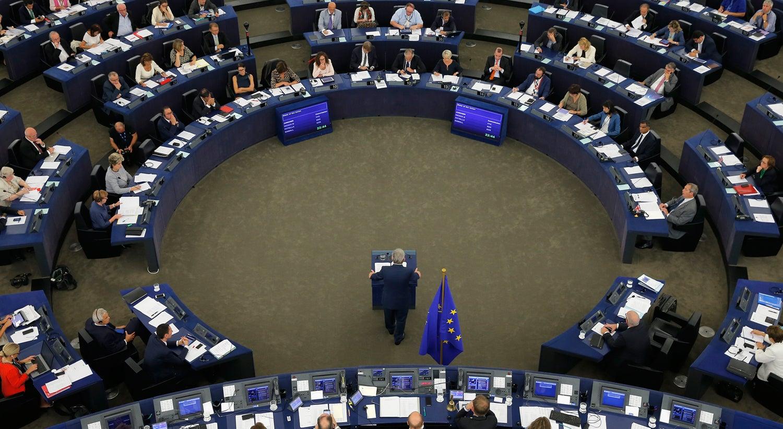 Juncker defende fusão entre comissário das Finanças e presidente do Eurogrupo