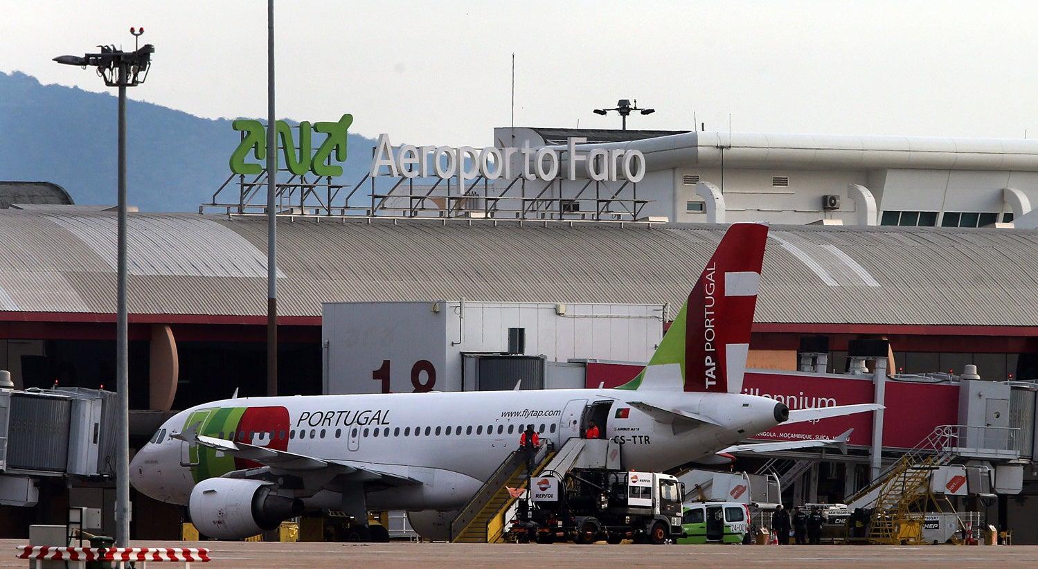 Amea�a de bomba em avi�o no aeroporto de Faro foi falso alarme