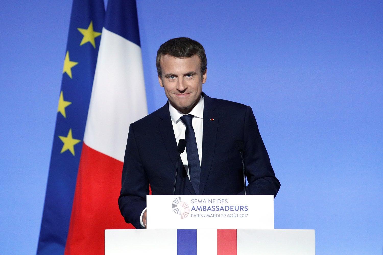 Presidente francês qualifica de