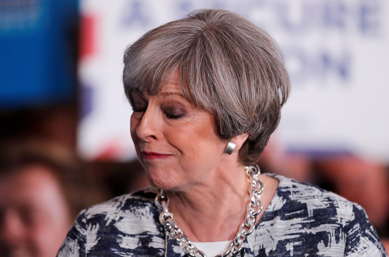 Barnier admite inquietação e deseja acelerar ritmo das negociações — Brexit