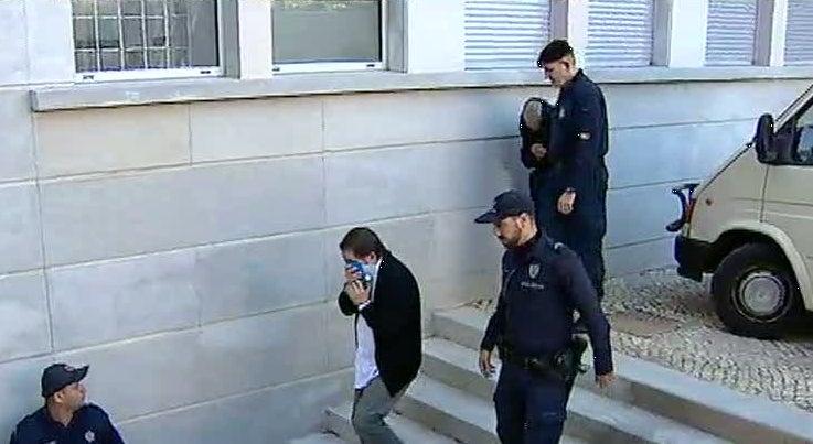 Pa�s - Seis homens julgados por furtos qualificados a clientes de bancos