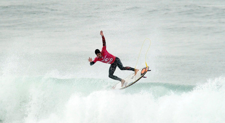 Desporto - J� n�o h� surfistas portugueses no Mundial de Surf