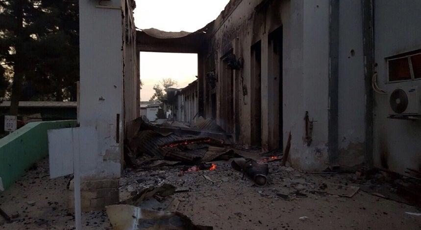 Dezanove mortos confirmados em ataque a�reo a um hospital de Kunduz