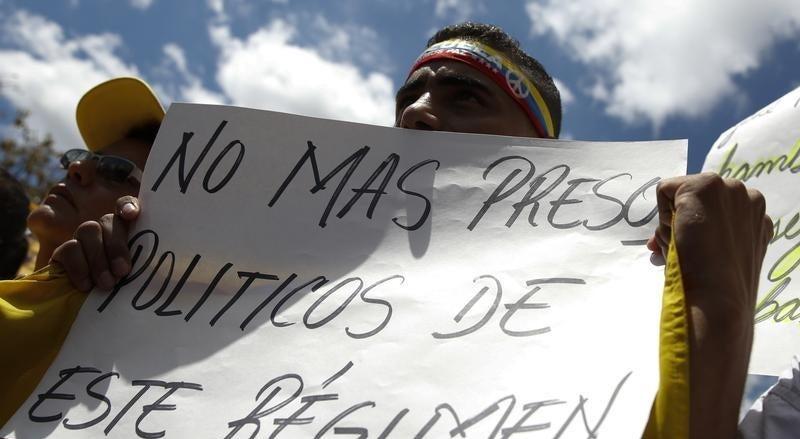 ONG e detidos venezuelanos denunciam valas comuns em pris�es