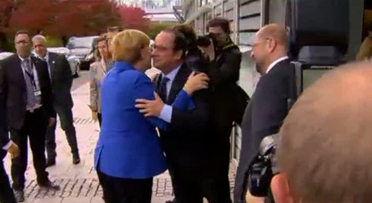 Merkel defende mudan�a da lei para facilitar asilo na Europa