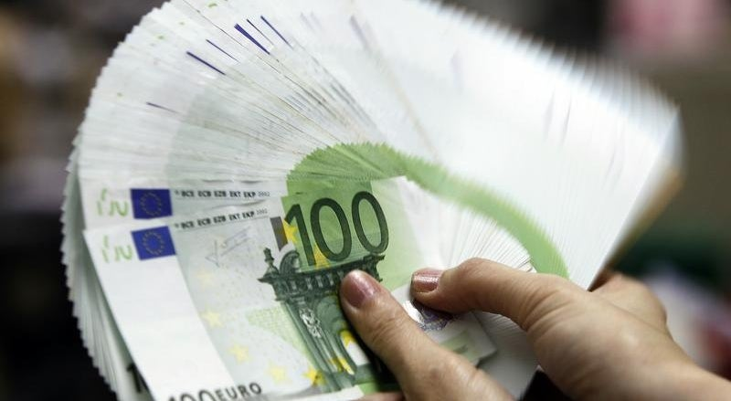 Pa�s - Dez empresas francesas aguardam luz verde para investir em Portugal
